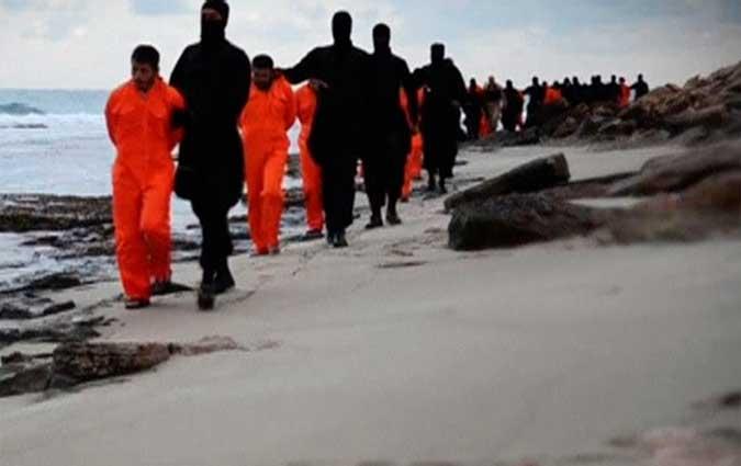 الجرائم المرتكبة بإسم الإسلام  BN2024721-Egyptiens-en-Libye0215