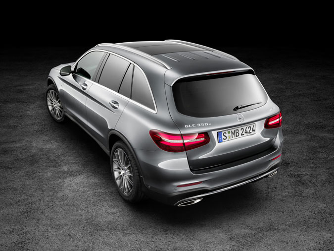 mercedes benz pr sente officiellement son suv glc. Black Bedroom Furniture Sets. Home Design Ideas
