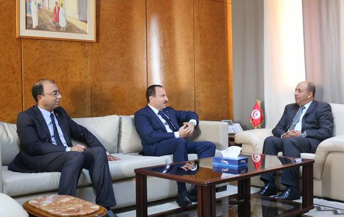 Bassem loukil et anis jaziri re us par les ministres du commerce et du for Ministre du commerce exterieur